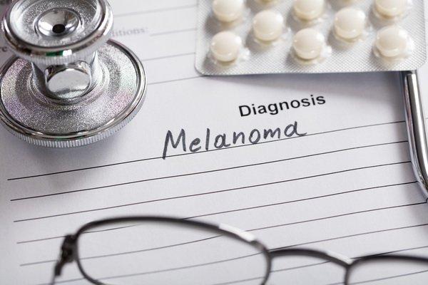 Новое в лечении меланомы